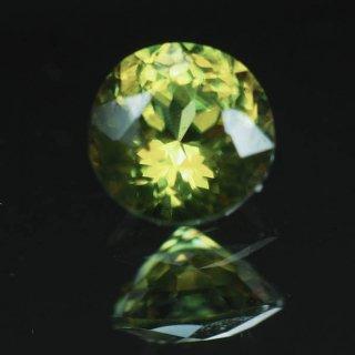 No17 パキスタン産 スフェーン 0.28ct 3.9x3.9x2.4mm