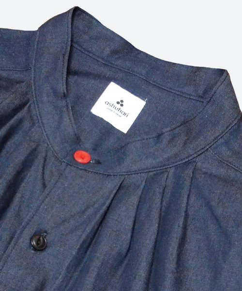 RED BUTTON indigo band collar tuck shirt ( ashuhari )