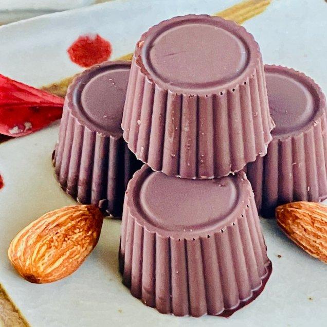 ギフトにも嬉しい自然食品♪オーガニックチョコ100%使用ミニチョコ<ピスタチオ>(4個入り)