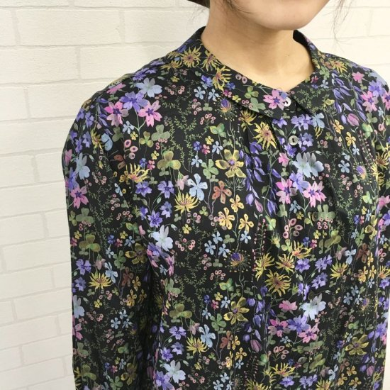 Parkes - 小さい衿のタックシャツワンピース(リバティコレクション)