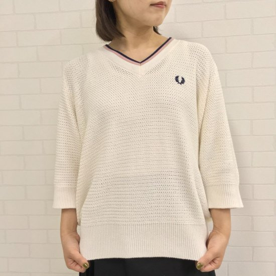 FRED PERRY - SS VNECK KNIT (F7211)正規取扱商品