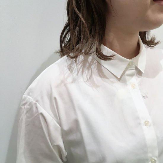 Parkes - 40ブロード 料理を作る人刺繍 プチレギュラーカラーシャツ