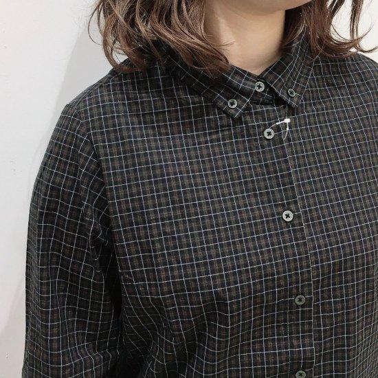 Parkes - タイプライターチェック プチカラーのボタンダウンシャツ
