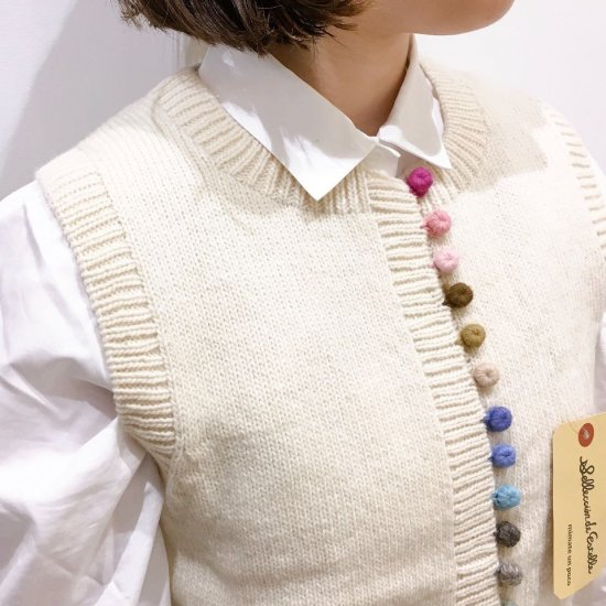 estelle - カラフル毛糸ボタンのベスト
