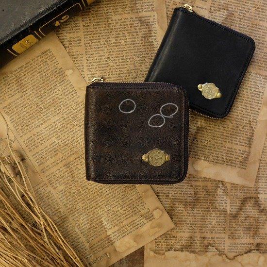 【アウトレット】ワックスレザー ラウンド二つ折り財布 / ブラック #040 日焼け・経年変化・革にキズあり・金具にくすみあり