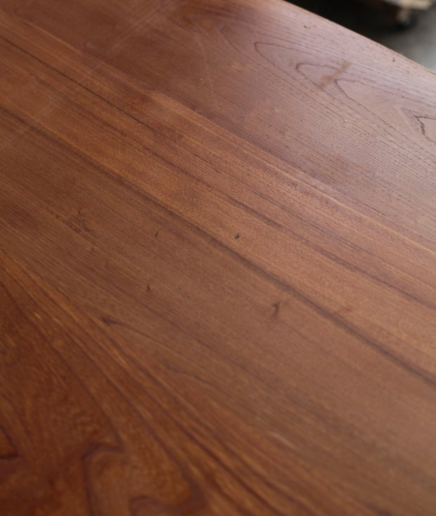 Dining table / Olavi Hanninen [AY]