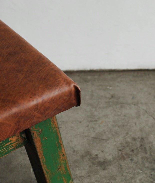 gymnastic bench[AY]