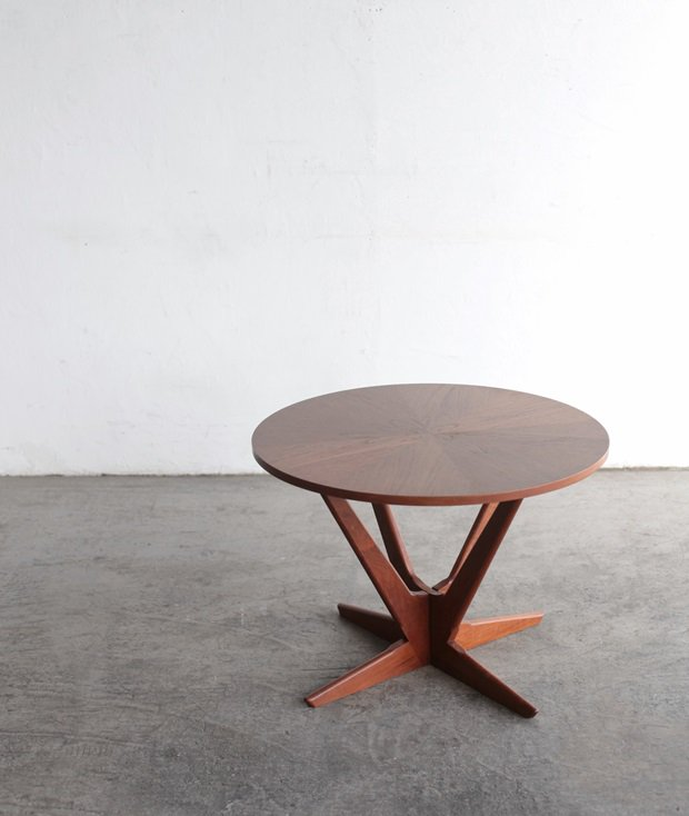 coffee table / Holger Georg Jensen [AY]