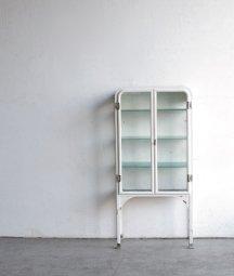 medicine cabinet[AY]