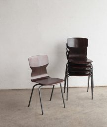 stacking chair / eromes[LY]