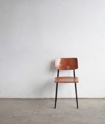 <img class='new_mark_img1' src='https://img.shop-pro.jp/img/new/icons23.gif' style='border:none;display:inline;margin:0px;padding:0px;width:auto;' />Marko chair
