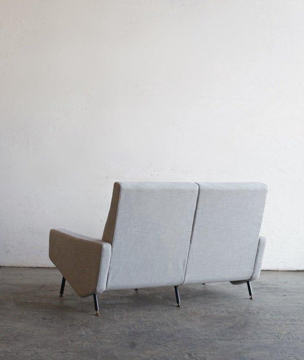 """""""Troika"""" sofa / Pierre Guariche [AY]"""
