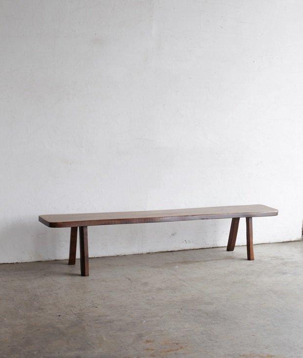 Bench / Olavi Hanninen[AY]