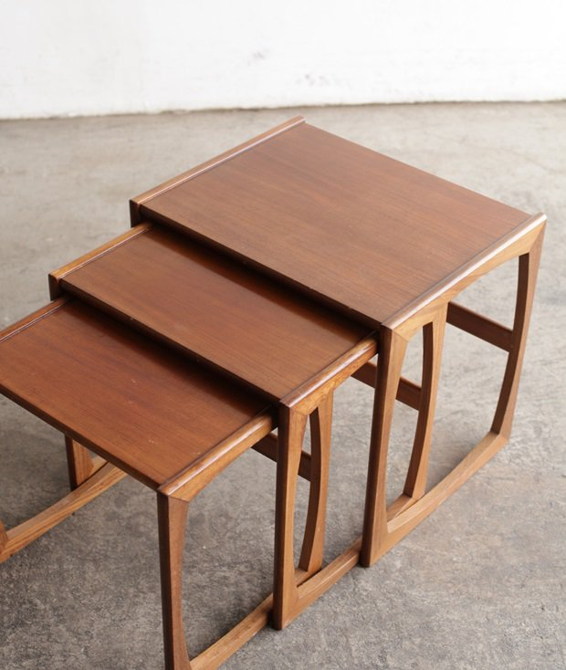 G-plan nest table[LY]