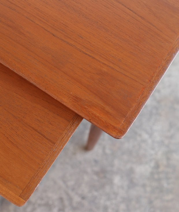 nest table / Bramin[LY]