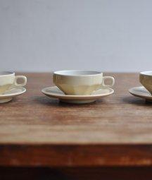 cup & saucer[AY]