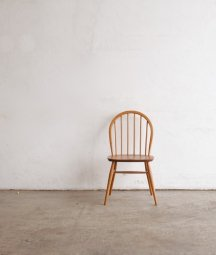 <img class='new_mark_img1' src='https://img.shop-pro.jp/img/new/icons23.gif' style='border:none;display:inline;margin:0px;padding:0px;width:auto;' />ERCOL 6back chair