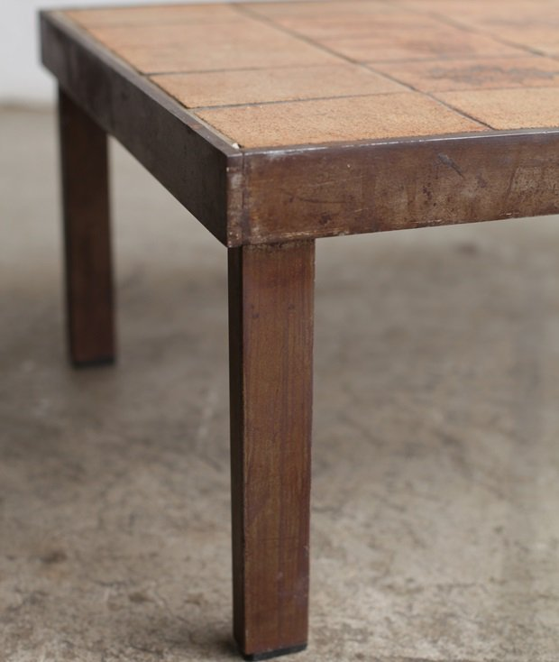 coffee table / Roger Capron[AY]