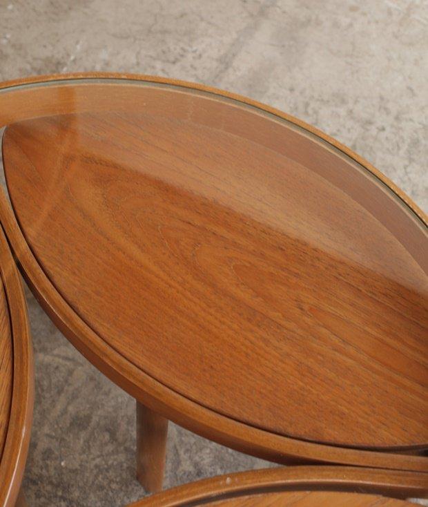 nest table / Nathan[AY]