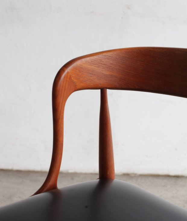 dining chair / Johannes Andersen[DY]