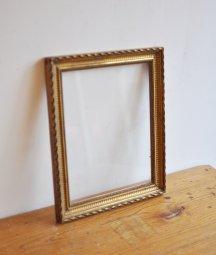 wood frame [DY]