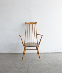 <img class='new_mark_img1' src='https://img.shop-pro.jp/img/new/icons23.gif' style='border:none;display:inline;margin:0px;padding:0px;width:auto;' />ERCOL goldsmith armchair