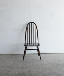 <img class='new_mark_img1' src='https://img.shop-pro.jp/img/new/icons23.gif' style='border:none;display:inline;margin:0px;padding:0px;width:auto;' />ERCOL quaker chair(dark)