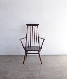 <img class='new_mark_img1' src='https://img.shop-pro.jp/img/new/icons23.gif' style='border:none;display:inline;margin:0px;padding:0px;width:auto;' />ERCOL goldsmith armchair(dark)
