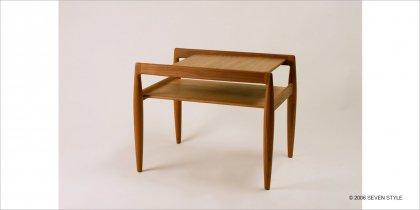 宮崎椅子製作所 UNI-Side table
