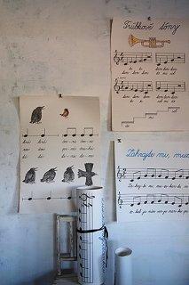手拍子高まるチェコ民謡の楽譜-big music score poster