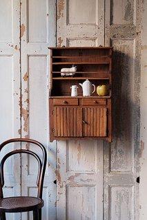 小さなウォールキャビネット-small wall cabinet