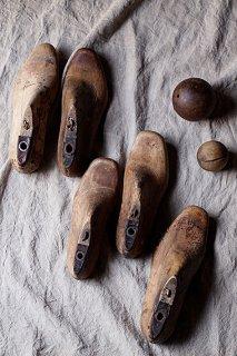 ここから駆け出す、アンティークの靴型-antique shoe mould