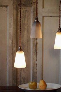 磨りガラスのペンダントランプ-glass pendant lamp