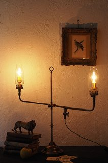 真鍮スタンドランプ、両翼伸ばして-antique stand lamp