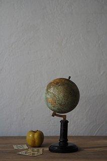パリの地球儀-antique globe