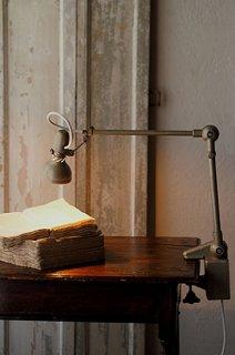 細く長く、クランプランプ-vintage clamp table lamp
