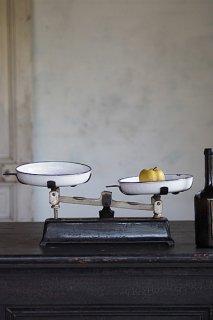 琺瑯の上皿天秤-enamel iron balance