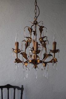 伝うドロップとアカンサス葉-vintage gold glass chandelier