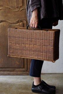 飴色ラタントランク-antique rattan trunk