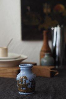 空に鉄錆色ワンダー-antique ceramic meat jar