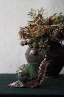 仏 Bavent窯の虹色かたつむり