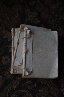 麻糸縢り古書-antique Italy book