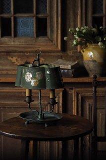 メランコリック耽る灯り-antique bouillotte lamp