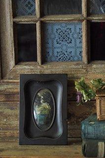 湖畔佇む二棟、背高い広葉樹から-antique landscape on ivory panel ebonized frame