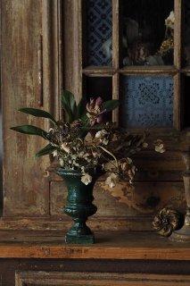 緑色の小さな鋳物鉢-castiron plant pot