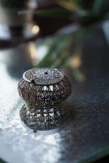 銀線細工、連続する線の美しさ-vintage silver coil case