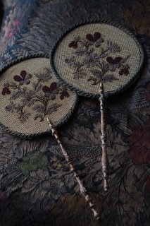 扇げば風起こる2枚の団扇-antique pair hand fan