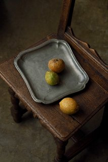 波打つエッジ ピュータートレイ-antique pewter tray