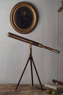 天体望遠鏡-antique telescope