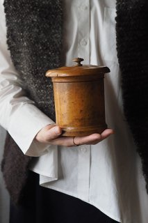 筒箱の一人上手-antique walnut round box